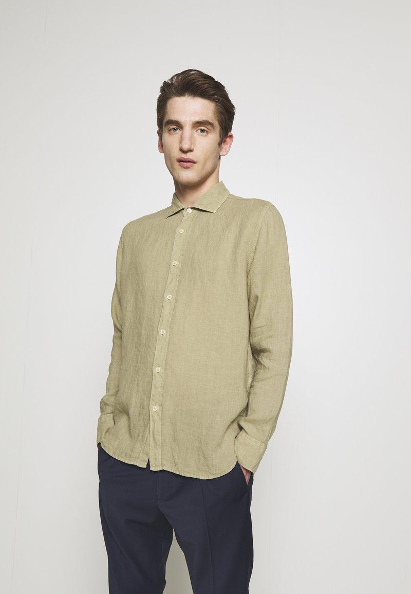 120% Lino - Shirt - olive