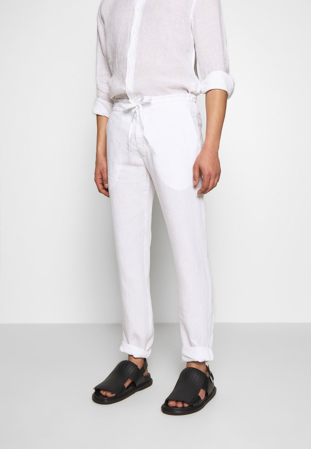 TROUSERS - Bukser - white