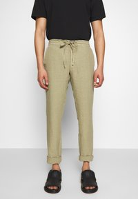 120% Lino - TROUSERS - Trousers - olive - 0