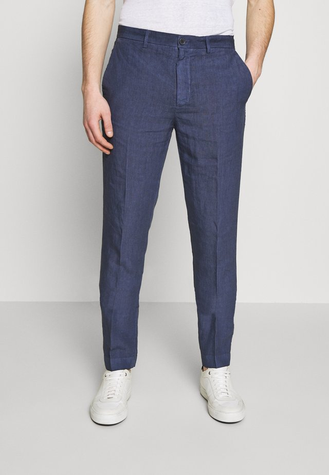 TAILORED TROUSERS - Tygbyxor - dark blue fade