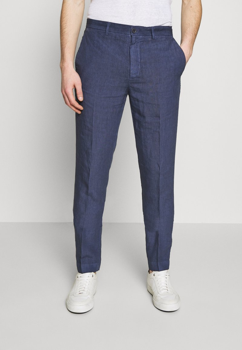 120% Lino - TAILORED TROUSERS - Trousers - dark blue fade