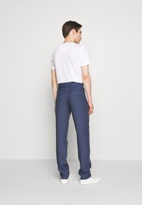 120% Lino - TROUSERS - Trousers - dark blue fade - 2