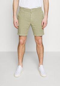 120% Lino - Shorts - olive - 0
