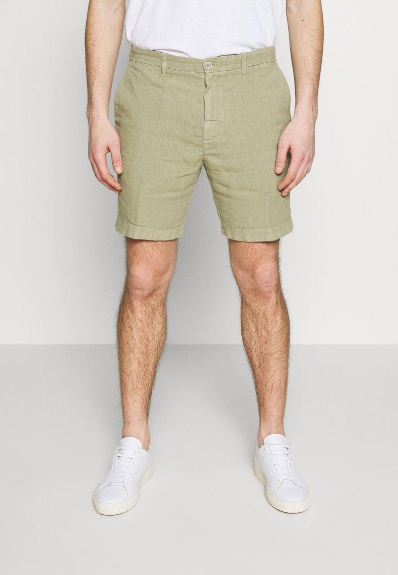 120% Lino - Shorts - olive