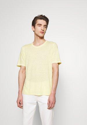 T-shirt basic - anise soft fade