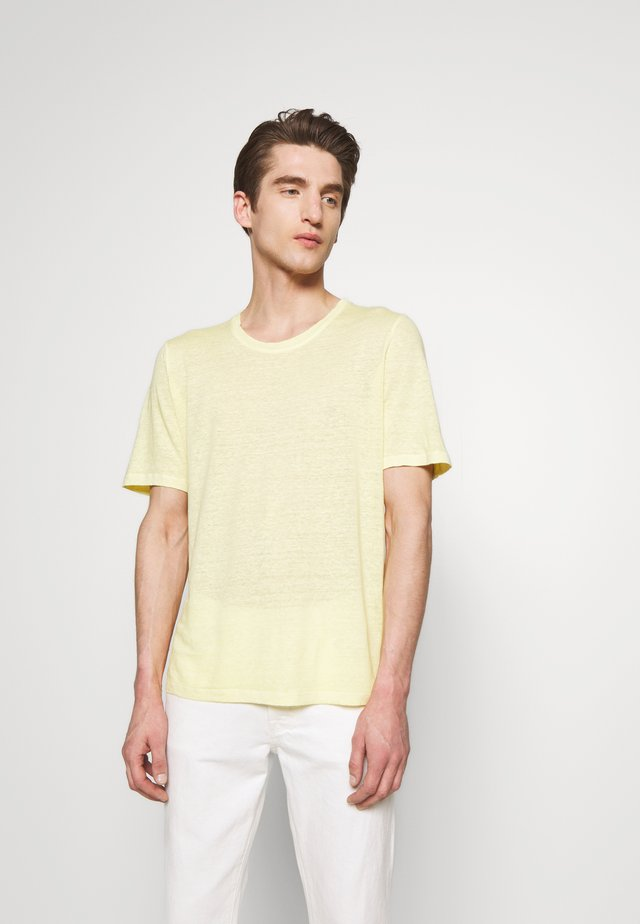 Basic T-shirt - anise soft fade