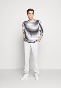 120% Lino - STRIPE - Long sleeved top - white - 1