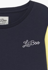 Lil'Boo - LIL BOO BLOCK - Triko spotiskem - yellow/navy/red/light blue - 3