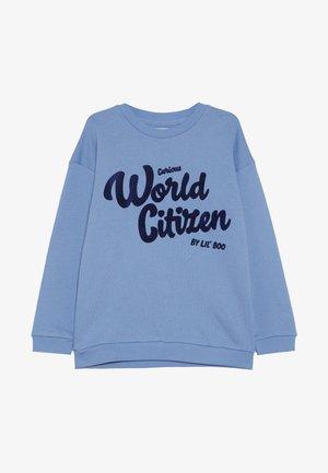 CURIOUS WORLD CITIZEN - Sweatshirt - allure blue