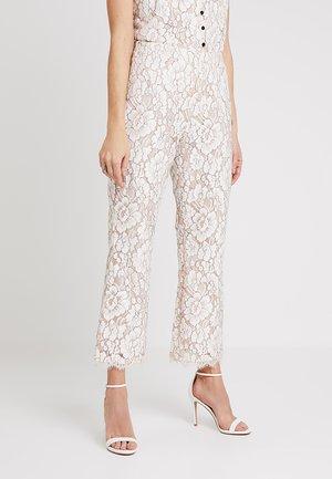 LISIE CULOTTE PANTS - Trousers - contour blush