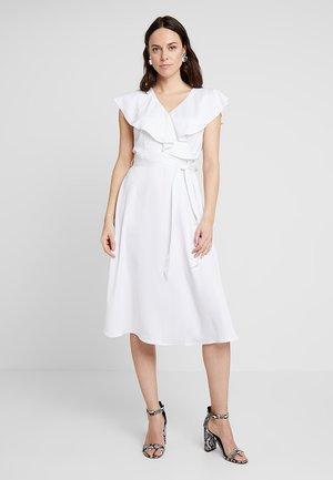 FORMAL LONG DRESS - Denní šaty - optical white