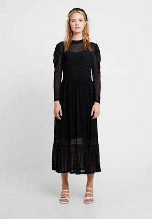 FREYALC DOTS DRESS - Kjole - pitch black