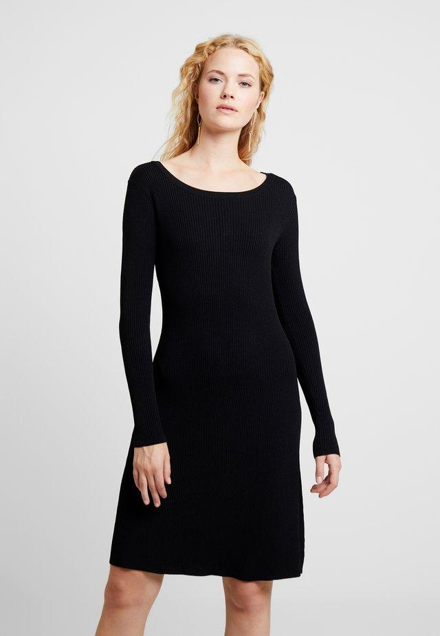 MARYL DRESS - Pletené šaty - pitch black