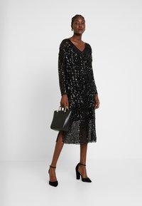 Love Copenhagen - MALY SEQUINS DRESS - Cocktailkleid/festliches Kleid - pitch black - 2