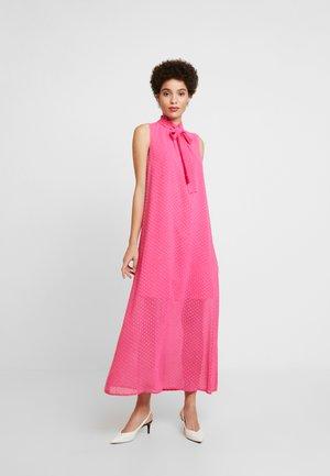 NADINE DRESS - Day dress - fandango pink