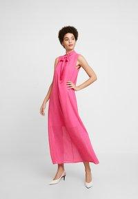 Love Copenhagen - NADINE DRESS - Hverdagskjoler - fandango pink - 2