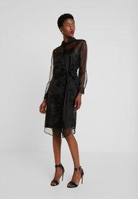 Love Copenhagen - DRESS - Skjortklänning - pitch black - 2