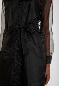 Love Copenhagen - DRESS - Košilové šaty - pitch black - 6