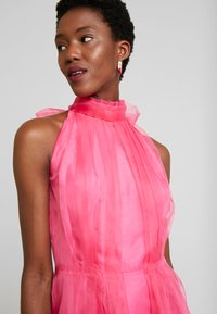 Love Copenhagen - DRESS - Sukienka koktajlowa - fandango pink - 3