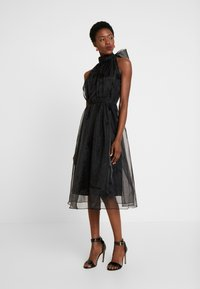 Love Copenhagen - DRESS - Sukienka koktajlowa - pitch black - 2