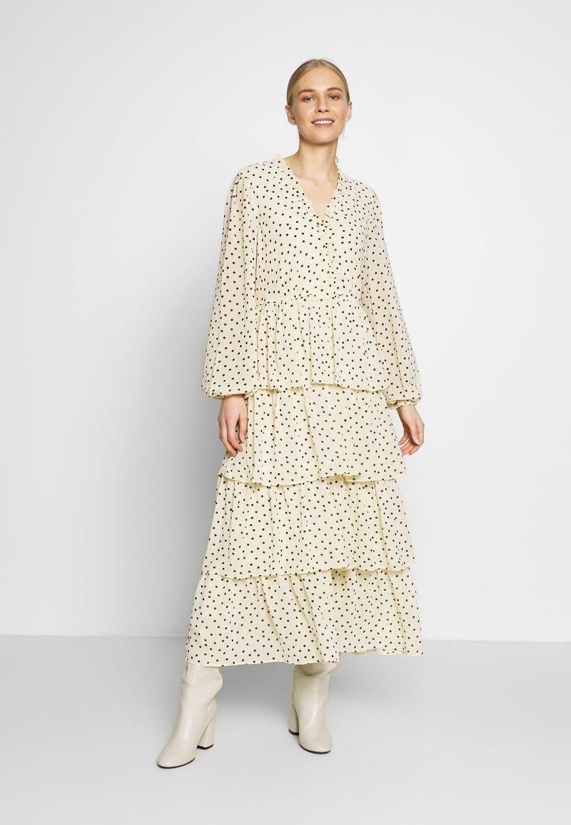 Love Copenhagen - CECILIA DRESS - Długa sukienka - white swan