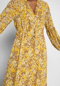 Love Copenhagen - BABARELLA DRESS - Maxikjoler - yellow - 5