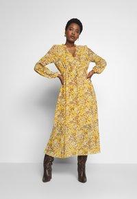 Love Copenhagen - BABARELLA DRESS - Maxikjoler - yellow - 0