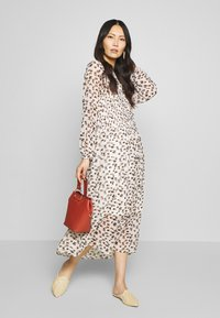 Love Copenhagen - LIZ DRESS - Day dress - beige - 1
