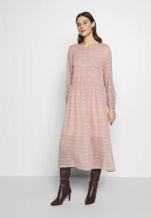 RIZLC DRESS - Hverdagskjoler - pink nectar