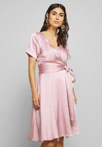 Love Copenhagen - LORETTAL DRESS SHORT - Cocktailkjoler / festkjoler - pink nectar - 0