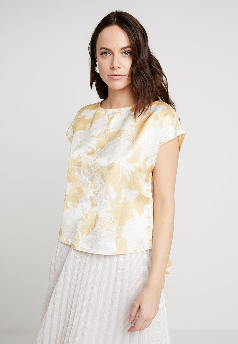 Love Copenhagen - DARLINA FLORAL BOW BLOUSE - Bluse - snapdragon yellow