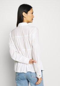 Love Copenhagen - MONIKALC - Button-down blouse - snow white - 2
