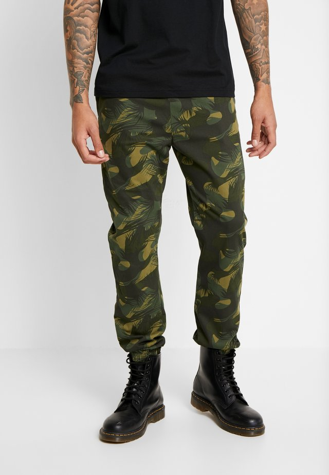 BALL JOGGER - Pantalones deportivos - olive night