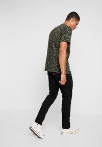 Levi's® Extra - 502™ TAPER HI-BALL - Jeans Tapered Fit - black denim - 2