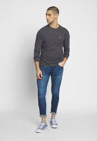 Levi's® - 519™ EXT SKINNY HI-BALLB - Jeans Skinny Fit - myers day - 1