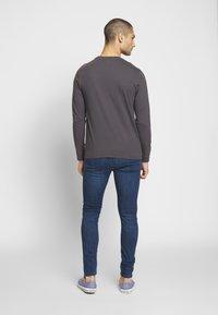 Levi's® - 519™ EXT SKINNY HI-BALLB - Jeans Skinny Fit - myers day - 2
