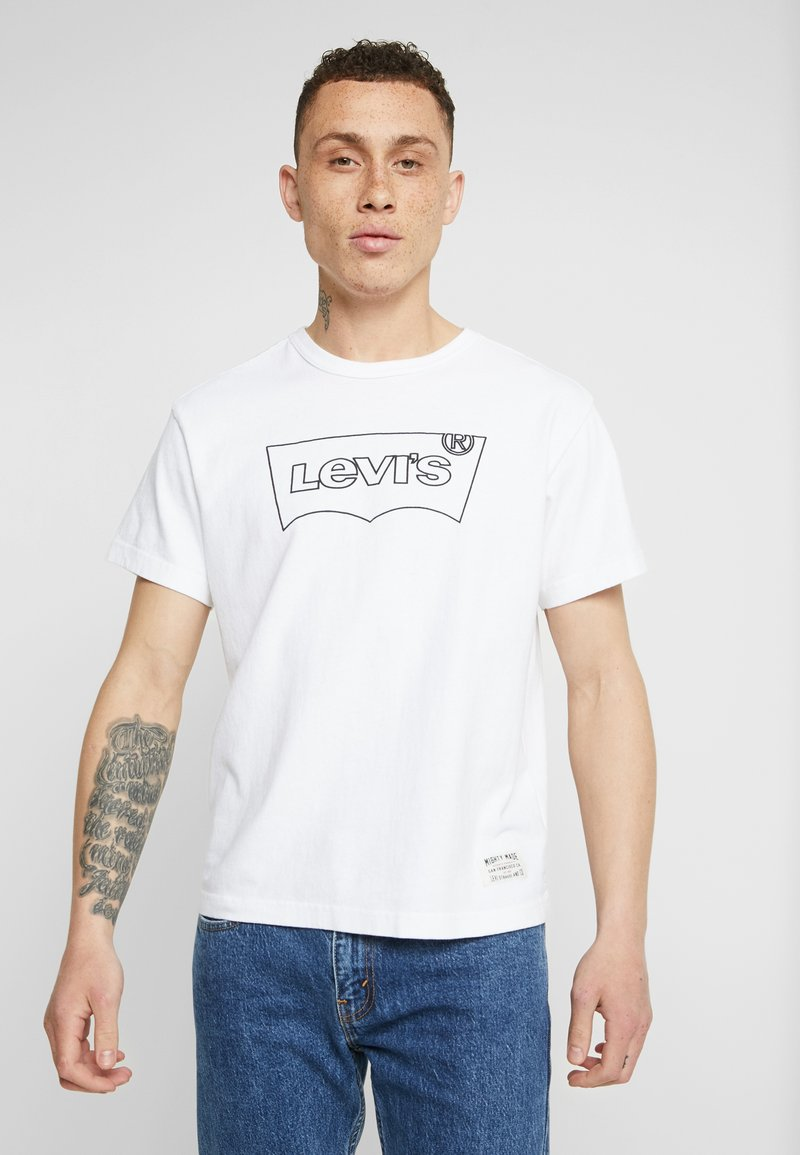 Levi's® Extra - MIGHTY GRAPHIC TEE - Print T-shirt - white