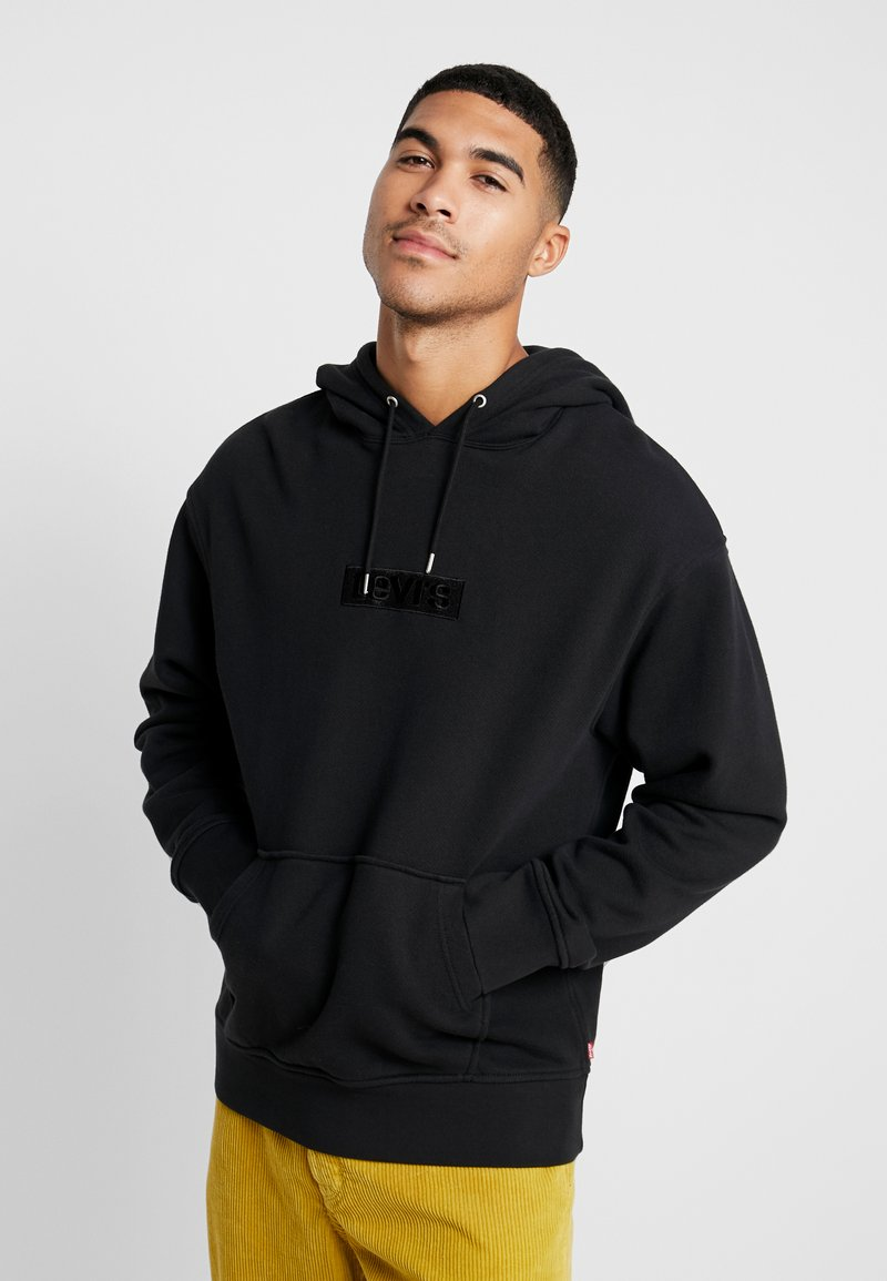 Levi's® Extra - RELAXED GRAPHIC HOODIE - Bluza z kapturem - mineral black