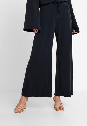REMIIE PANTS - Spodnie materiałowe - dark grey