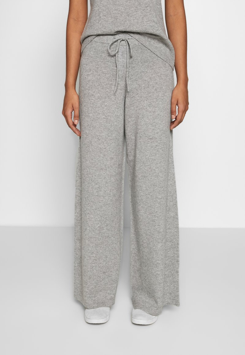 Lounge Nine - NOELLN PANTS - Broek - light grey melange