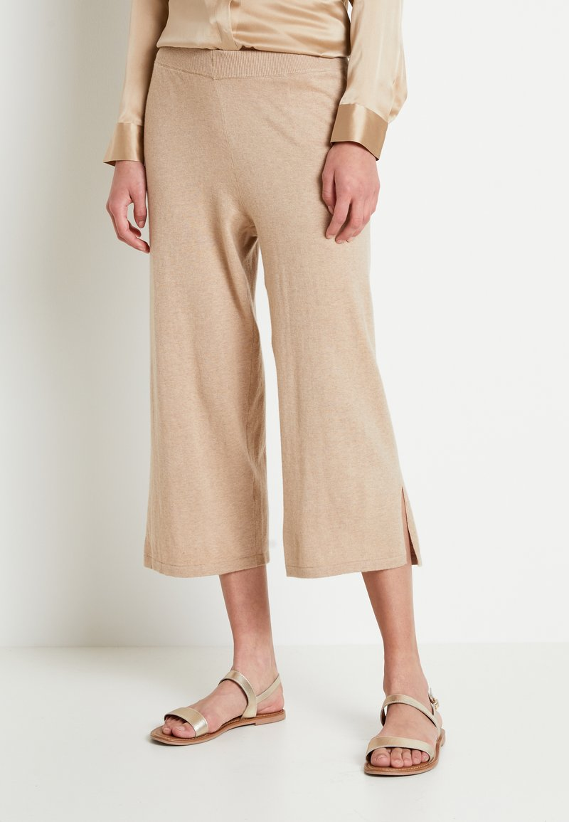 Lounge Nine - LOTTIELN CULOTTE - Spodnie materiałowe - desert