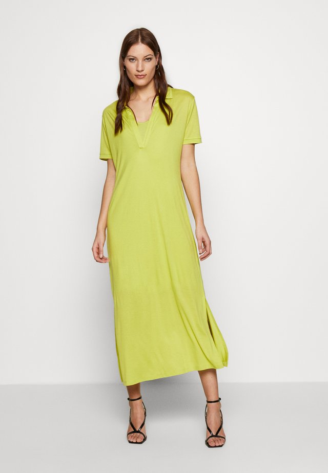 CHERISH POLO DRESS - Jersey dress - green