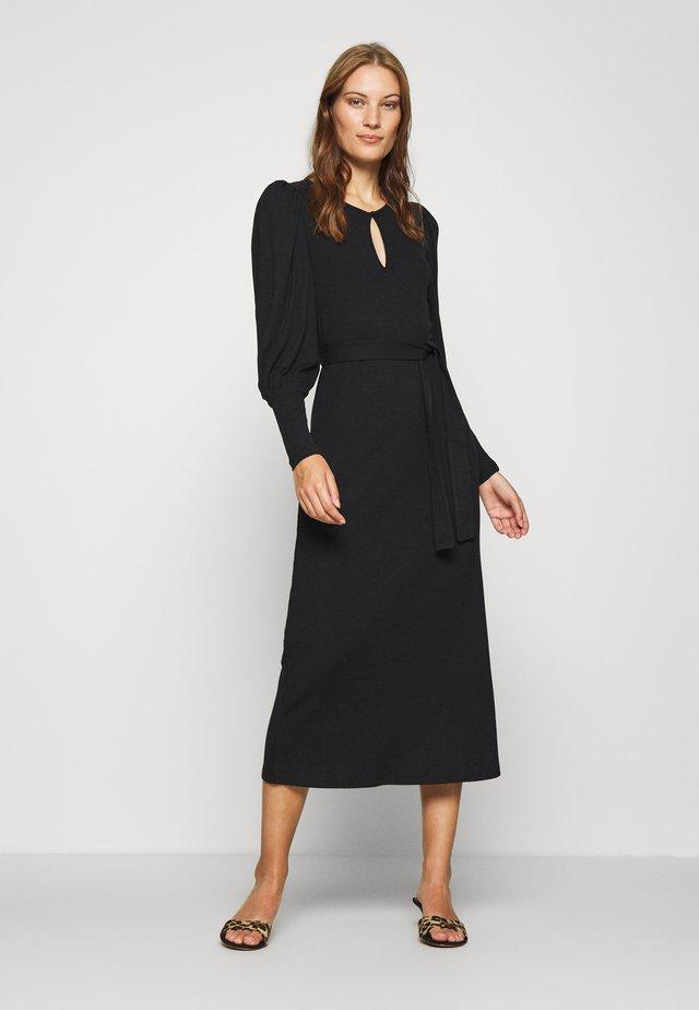 ALLISON DRESS - Vestito lungo - pitch black