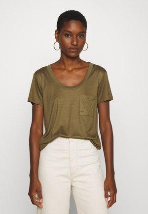 MOLLY DEEP ONECK - T-shirt basic - beech