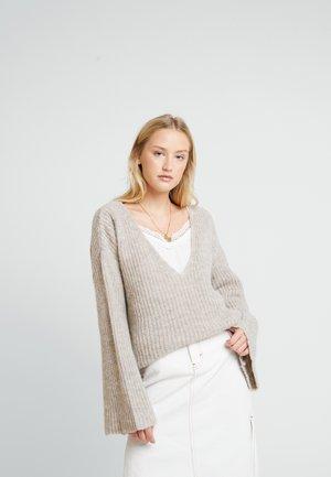 ANNELYLN V- NECK - Trui - oat melange