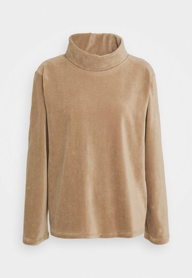 SLAY ROLL NECK BLOUSE - Sweatshirt - silver mink