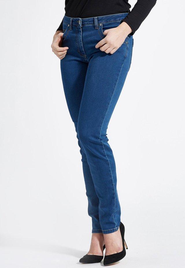 LAURA - Jean slim - medium blue denim