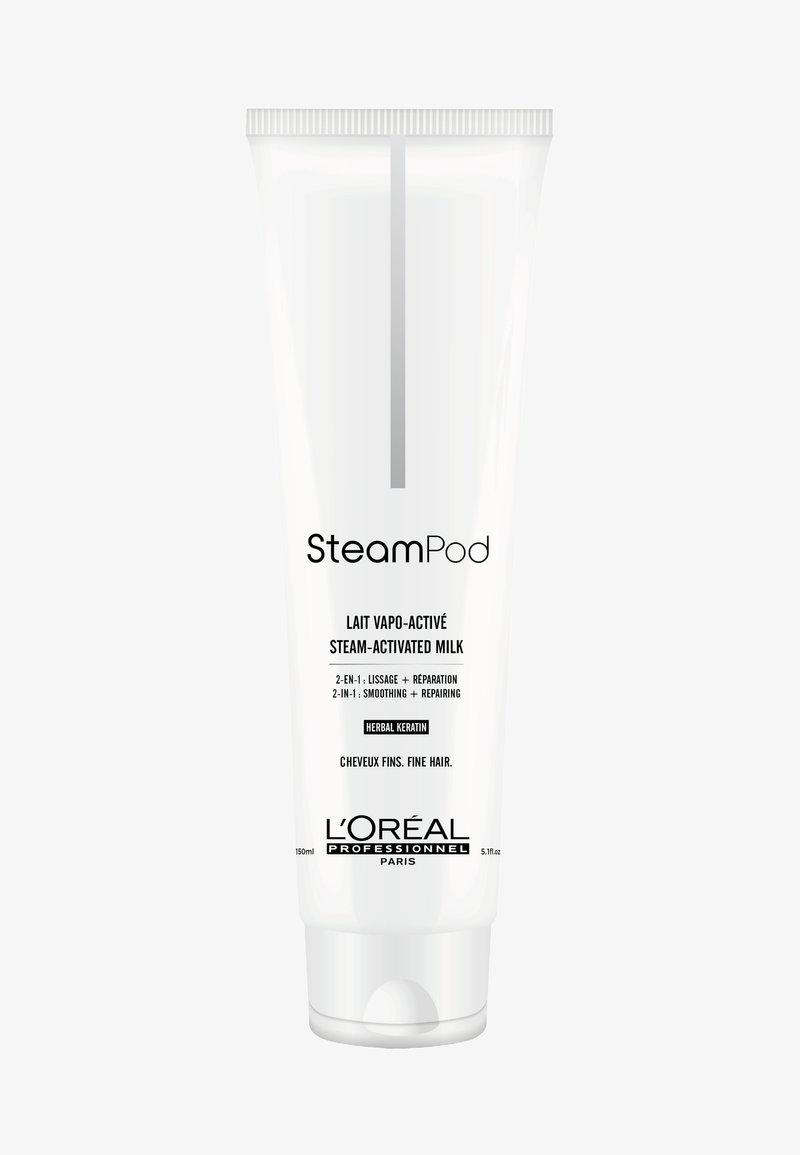 L'Oréal Professionnel - STEAMPOD AUFBAUENDE GLÄTTUNGSMILCH FEINES HAAR - Soin des cheveux - -