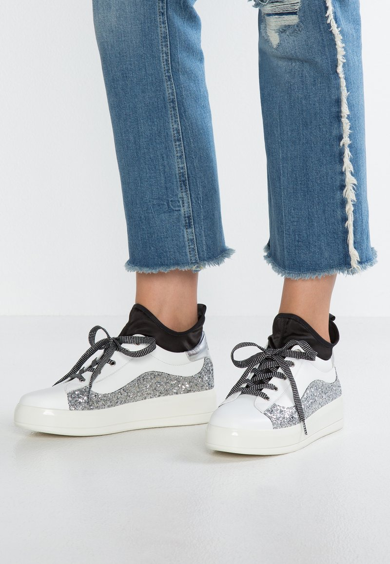 Liu Jo Jeans - KIM - High-top trainers - white