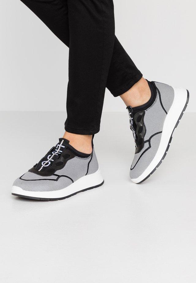 ASIA - Slipper - grey